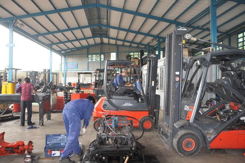 công ty chuyên sửa xe nâng điện và dầu tại TP HCM